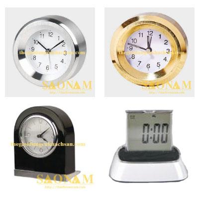 đồng hồ để bàn khách sạn